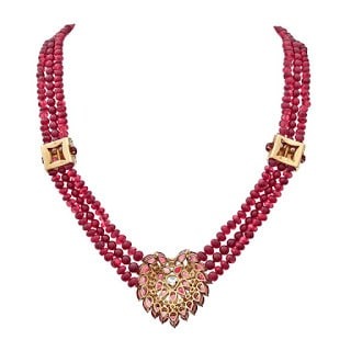 Classy-Ruby-Diamond-Pendant-in-Reddish-Crystal-Row-Necklace