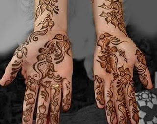 New-style-eid-mehndi-designs-for-full-hands-that-you-must-try-10