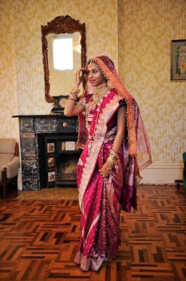 Stylish-indian-embroidered-bridal-saree-2017-for-brides-7