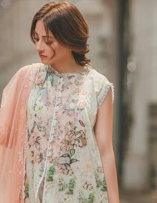 Rang-rasiya-carnation-luxury-summer-lawn-2017-collection-1