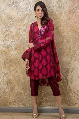 Tena-durrani-luxury-pret-2017-traditional-collection-1