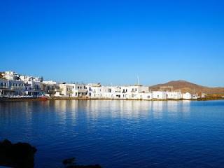 Smoothie-bikini-guide-greece-visit-island-cyclades-paros-naoussa-3