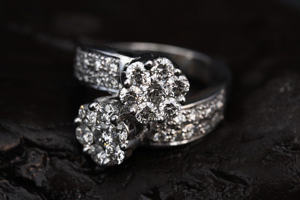 Brilliant Earth Review—Are Their Conflict-free Diamonds a Scam?