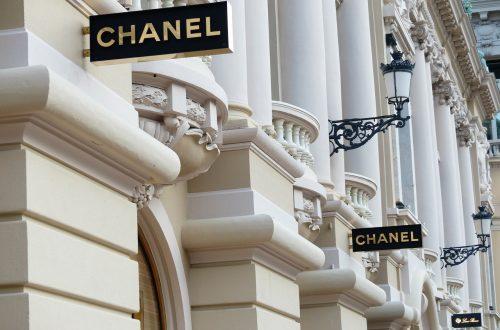 Coco Chanel: A Brief History of a Fashion Icon